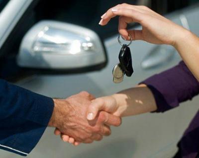 Как взять напрокат автомобиль
