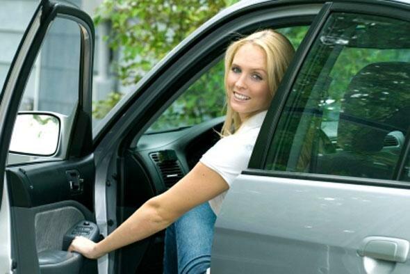 Как научиться ездить на автомобиле